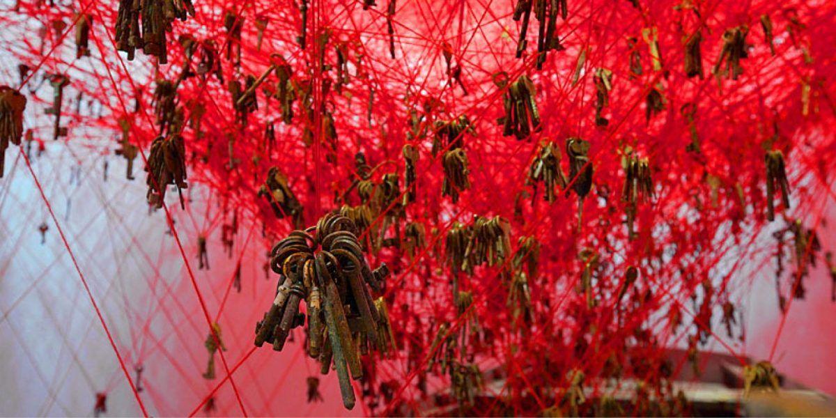 chiharu shiota, state-of-being, biennale-venise, venice, pavillon-japonais, venice-biennal