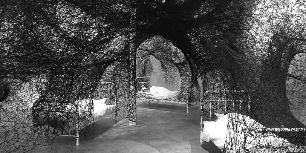 chiharu shiota, contemporary art, installation, galerie art, art, daniel templon, japon, artiste, plasticien, performance, memory, shiota, galerie daniel templon, bruxelles, 2016, sleeping is like death