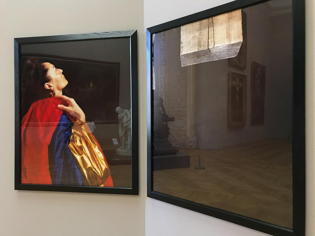 andres-serrano,-photography,-exhibition,-petit-palais,-museum,-piss-christ,-barroque,-classique,-museum,-painting
