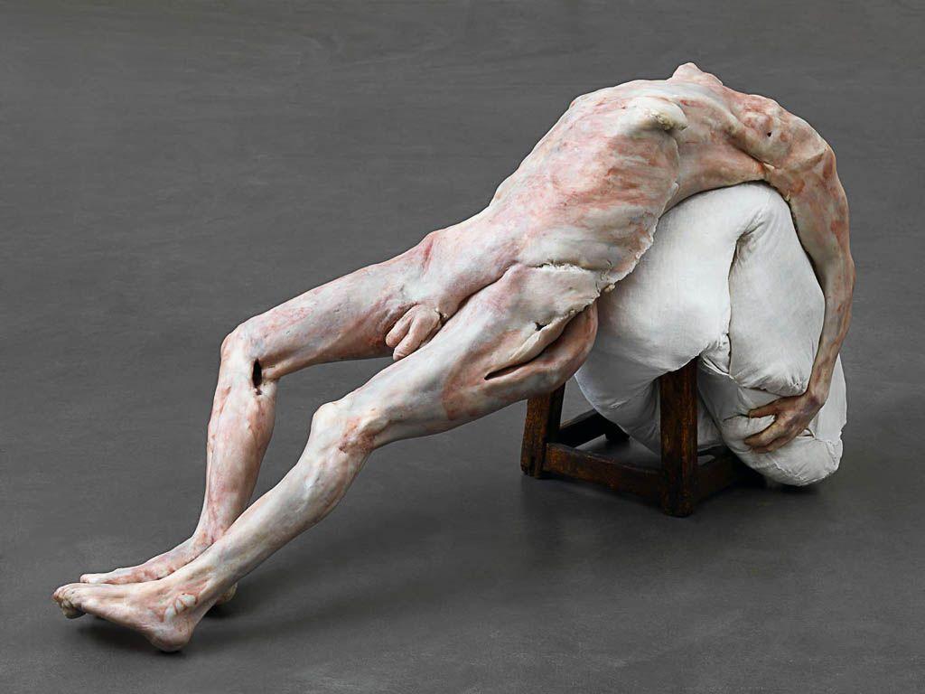 erlinde-de-bruyckere,pieta,sculpture