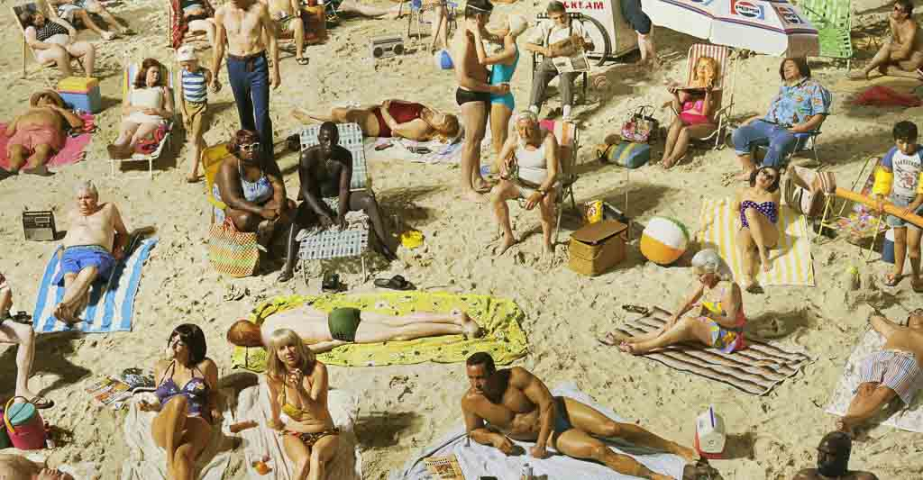alex-prager-photography-face-in-the-crowd