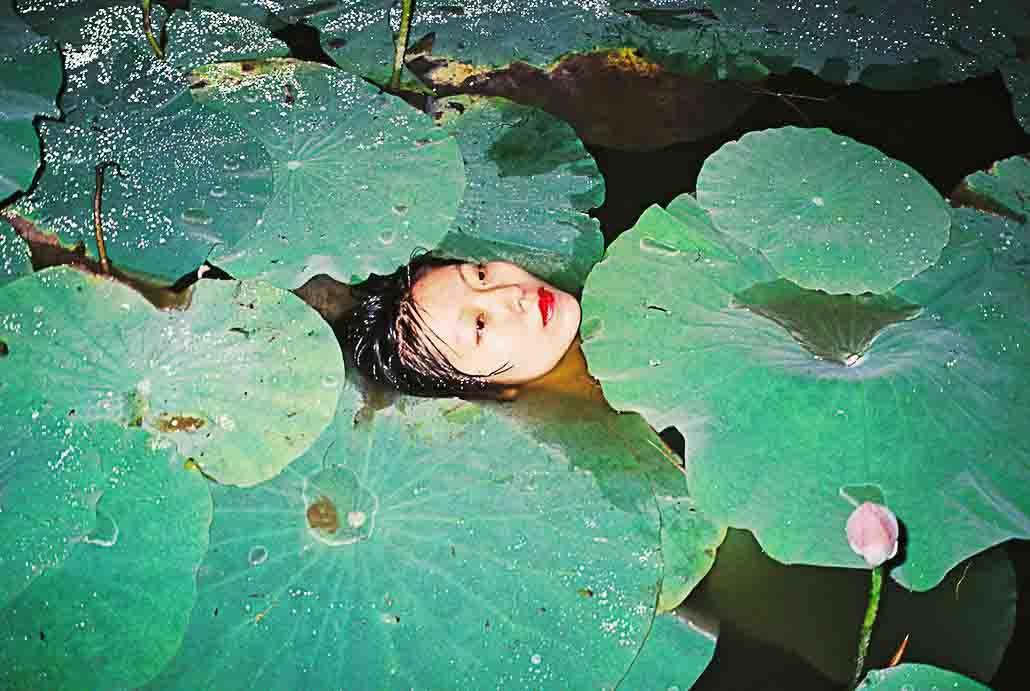 ren-hang_photography_solo-show_mep