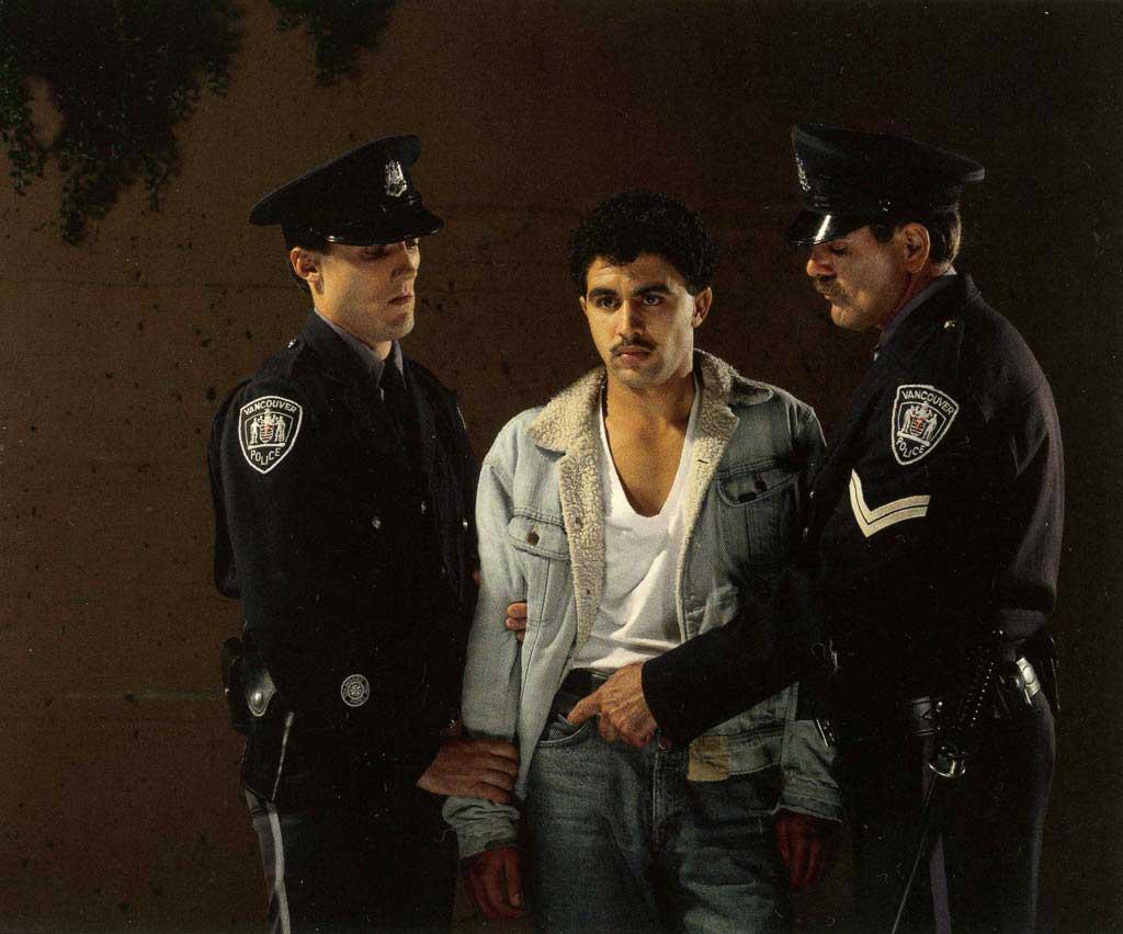 Jeff-wall_the-arrest