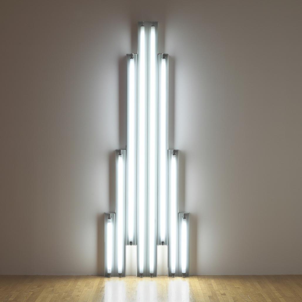 dan-flavin_minimal-art_monument-for-v-tatlin
