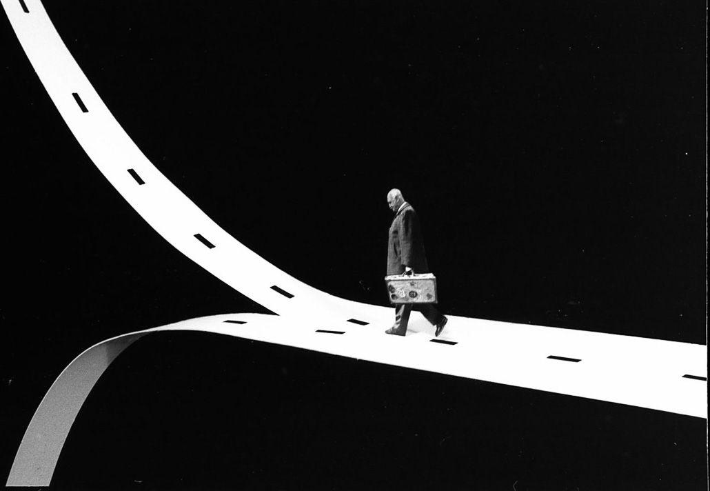gilbert-garcin_photography_surrealism
